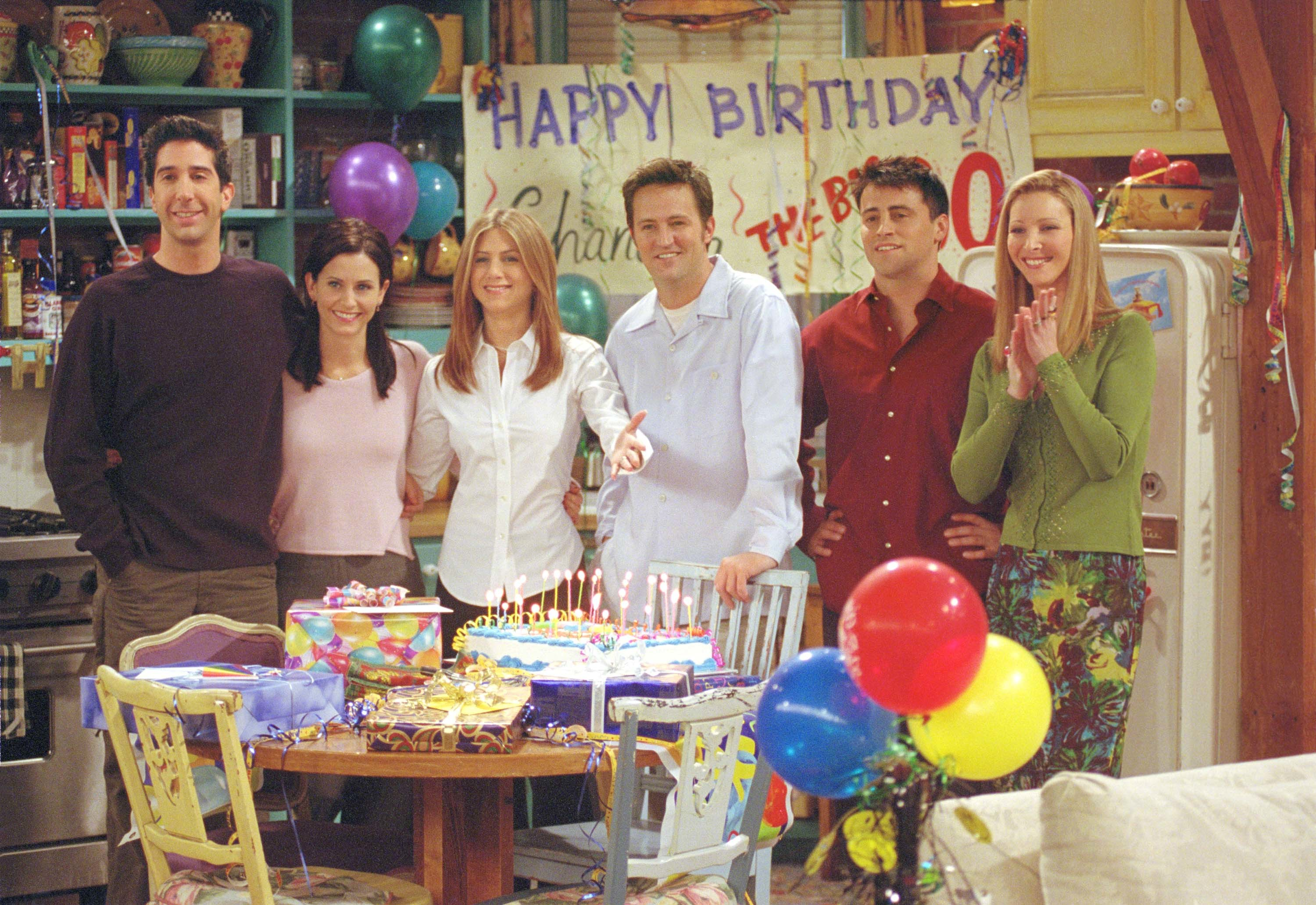 "Cast members of NBC's comedy series ""Friends."" (Warner Bros. Television/Getty Images)"