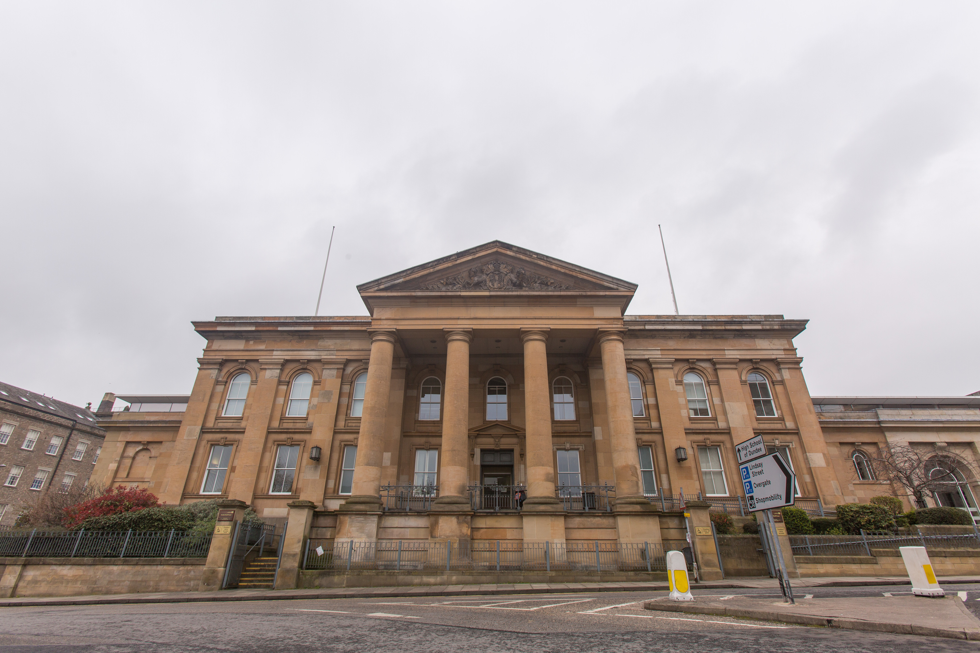 Dundee Sheriff Court (DC Thomson)