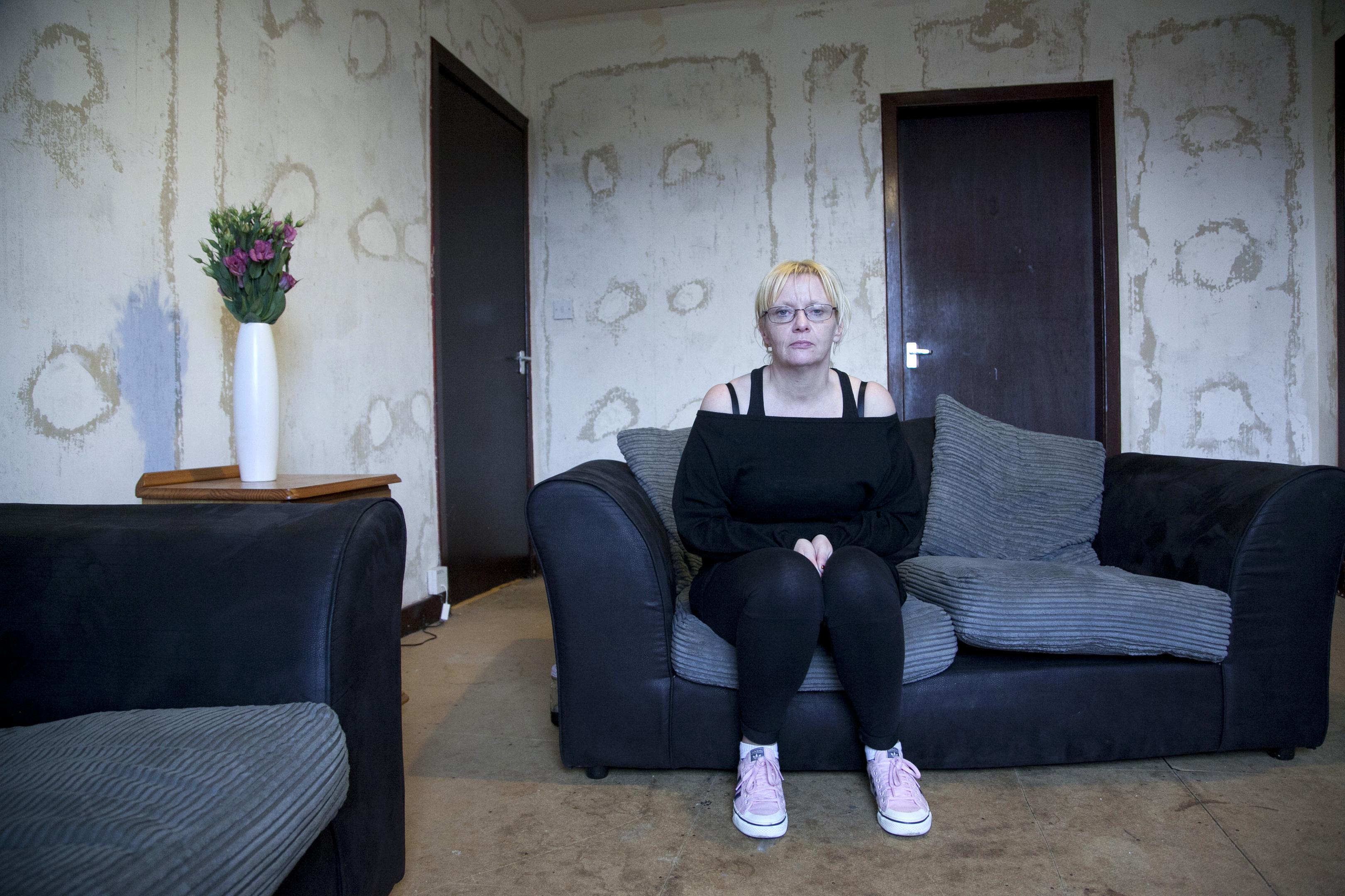 Louisa Kelly (Alistair Linford)