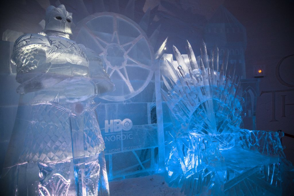 Ice Iron Throne (Tuomas Kurtakko)