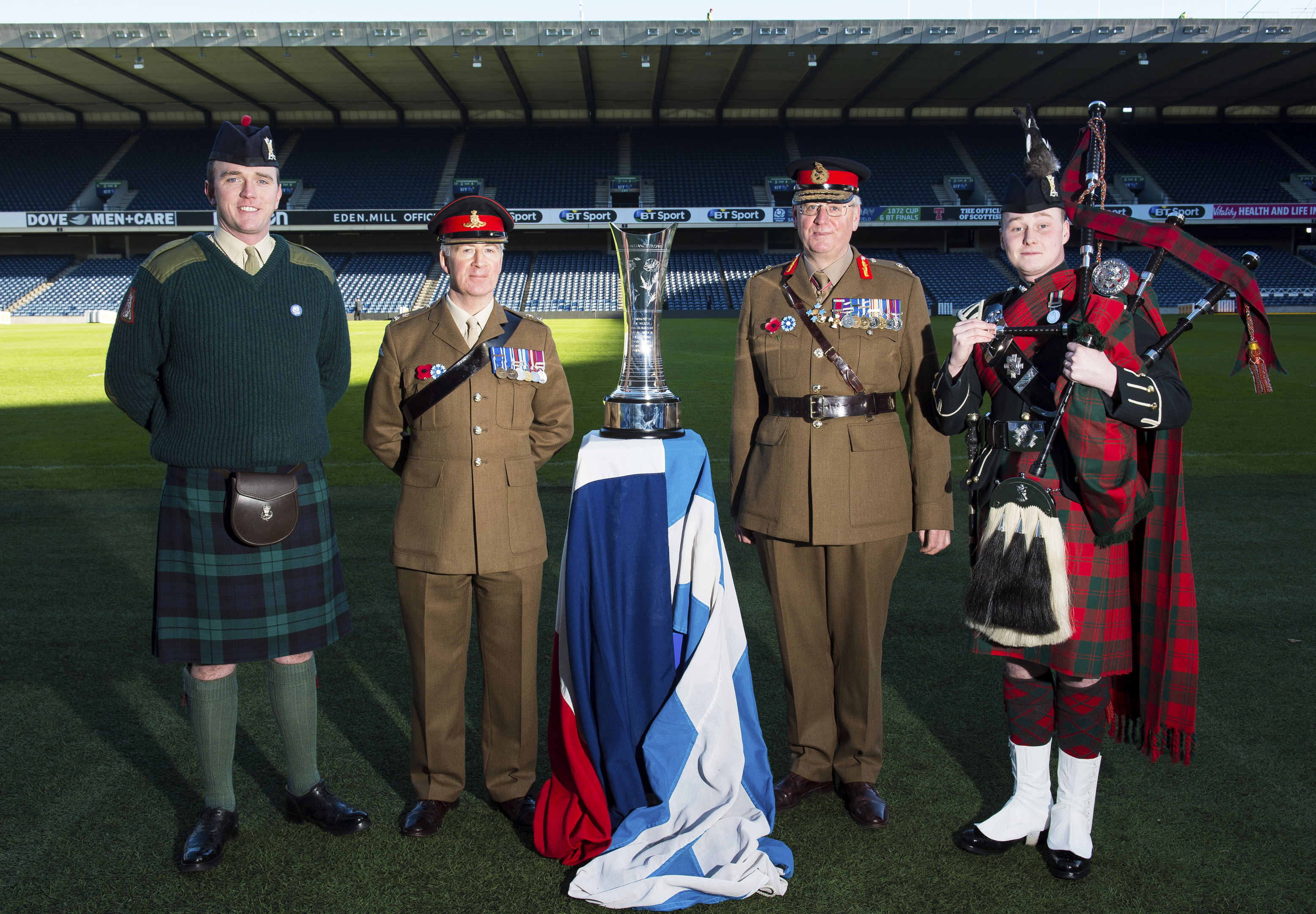The 'Auld Alliance' Trophy comes to Murrayfield ahead of the Six Nations match between Scotland and France (SNS Group)