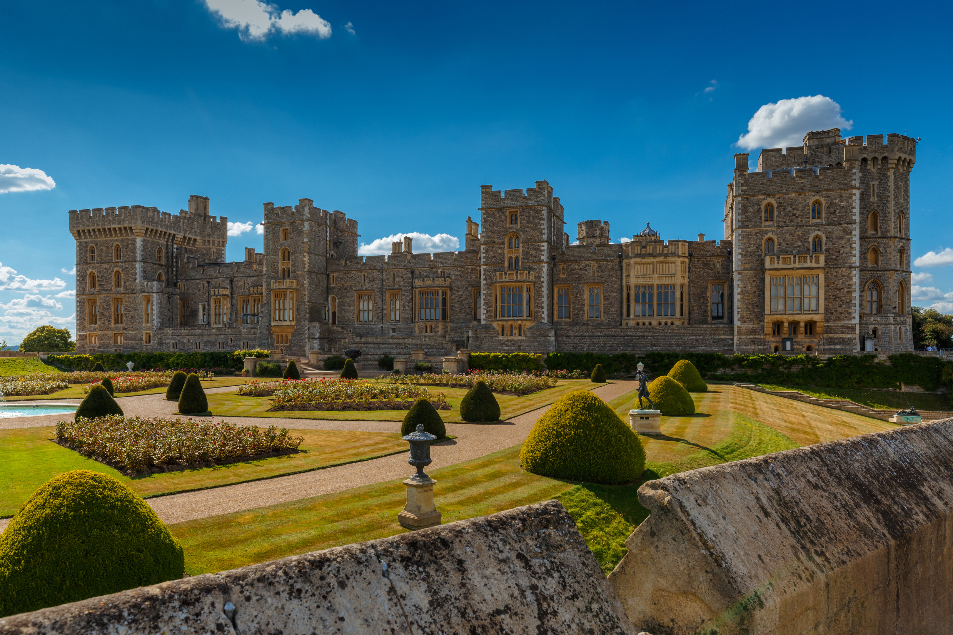 Windsor Castle (Getty Image/iStock)