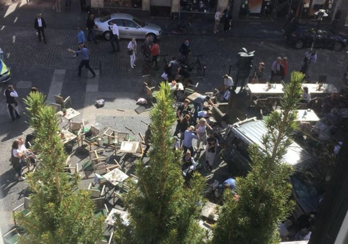 A Twitter picture from Munster, Germany purporting to show a van having crashed into a crowd.