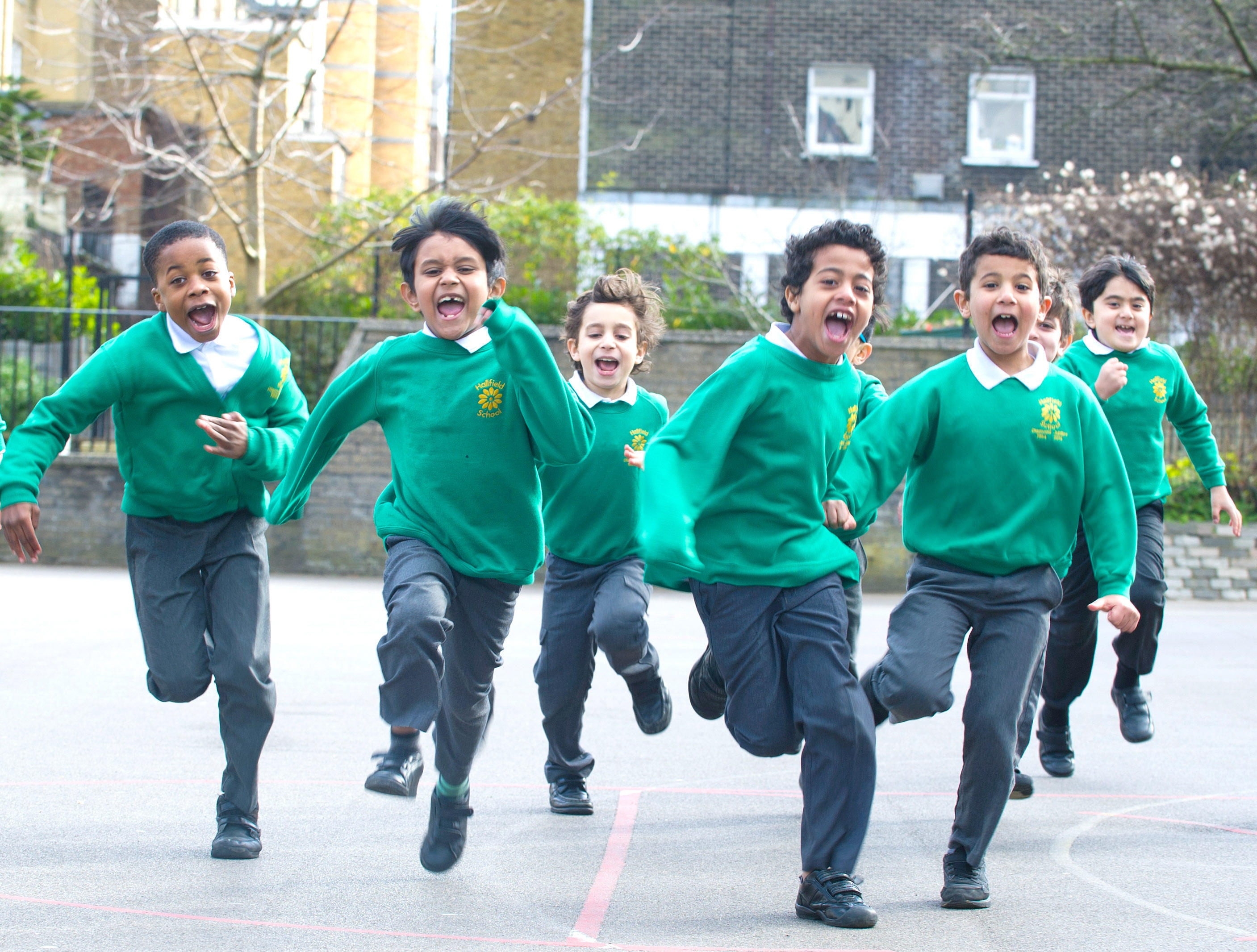 Running pupils from Hatfield School in London, where The Daily Mile was given its UK-wide launch after the idea won acclaim in Scotland (Alamy)