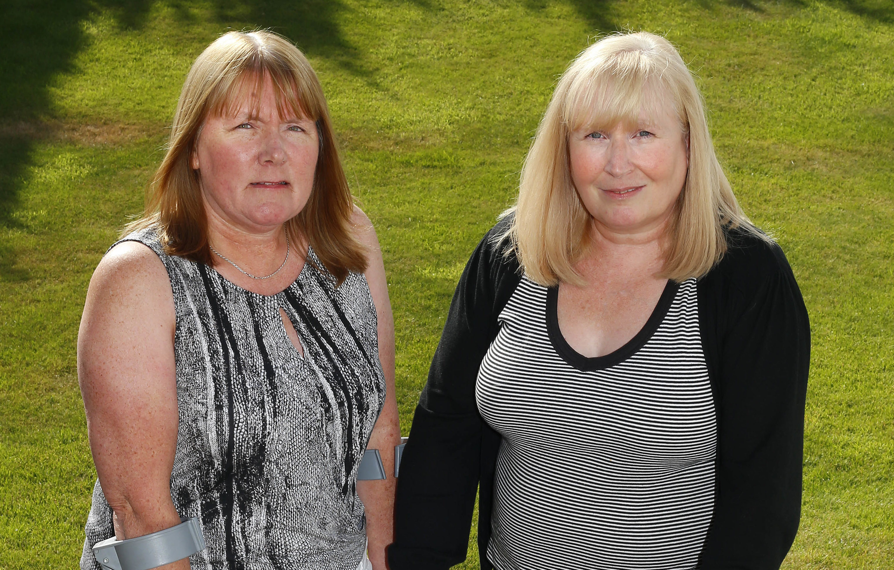 Mesh victims Elaine Holmes and Olive McIlroy (Garry F McHarg / Daily Record)