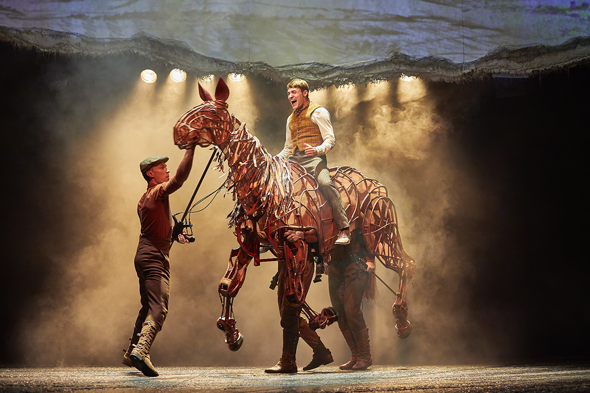 WAR HORSE UK Tour 2017 (BrinkhoffMögenburg)