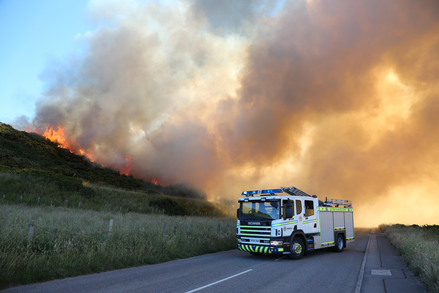 Gorse Fire in Buckie (Douglas S Coull)