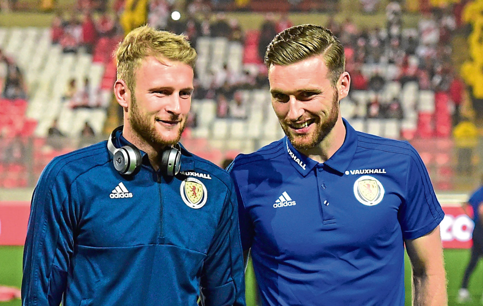 Scott Bain on Scotland duty alongside Stephen O'Donnell (SNS Group / Alan Harvey)