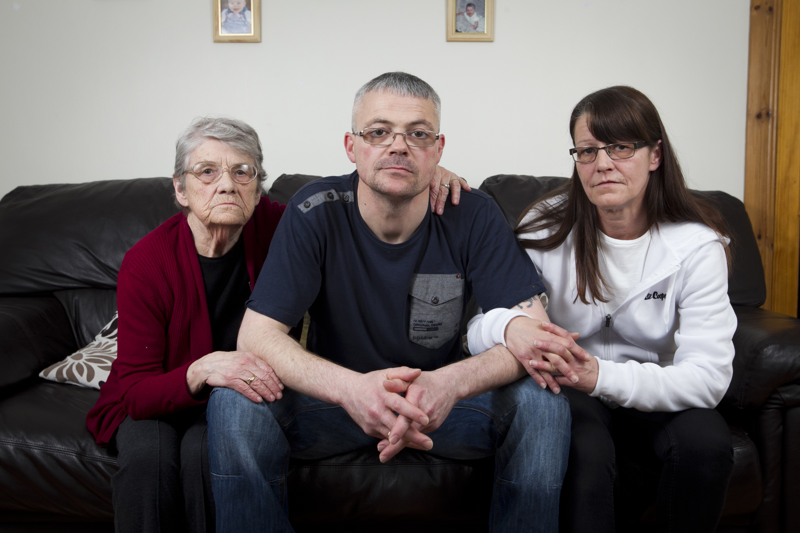 Devastated couple Gary and Janice Thomson, with Janice's mum, Jessie Lupton (Andrew Cawley / DC Thomson)
