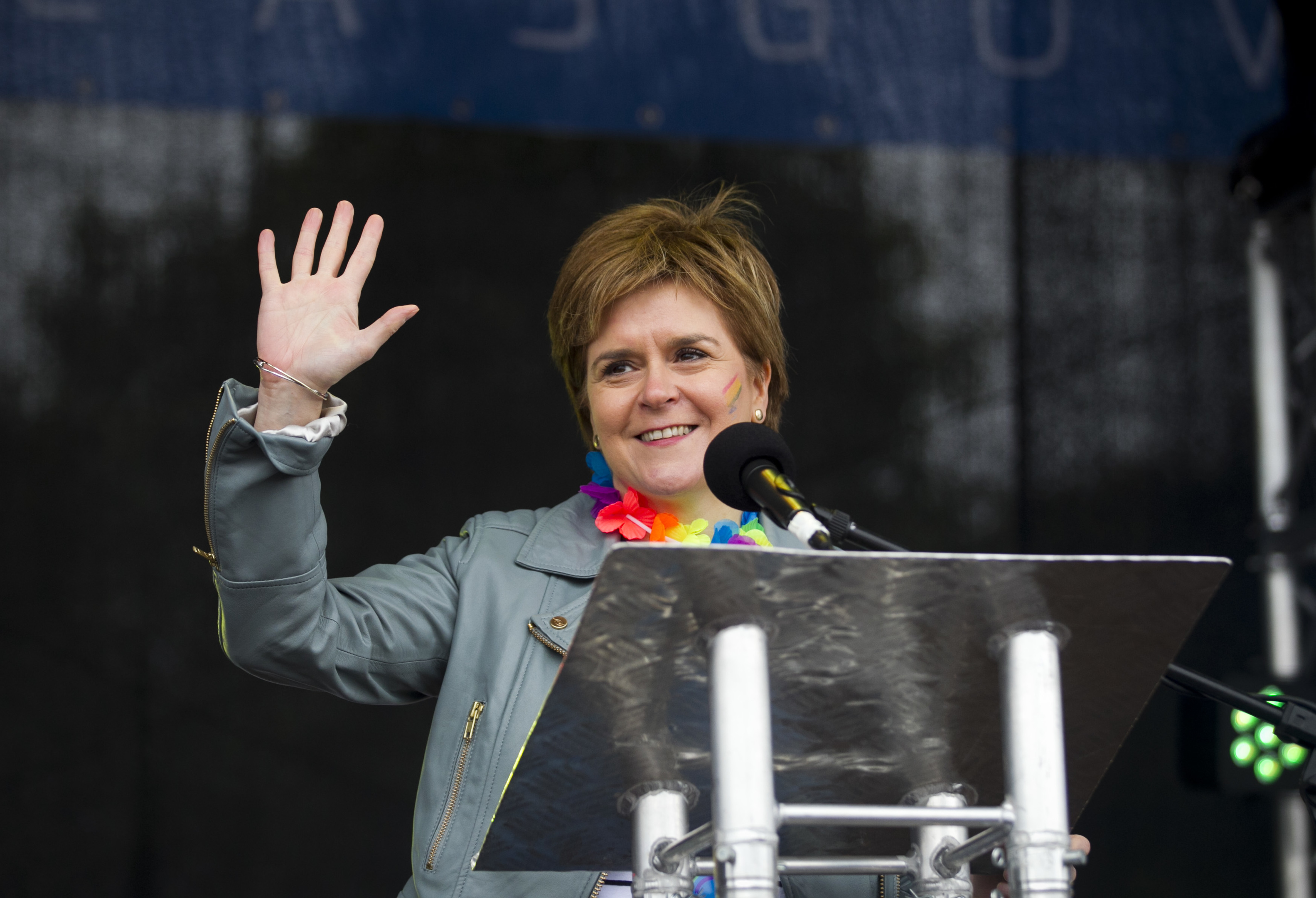 Nicola Sturgeon speaking to the crowds after the march last year (Andrew Cawley / DC Thomson)