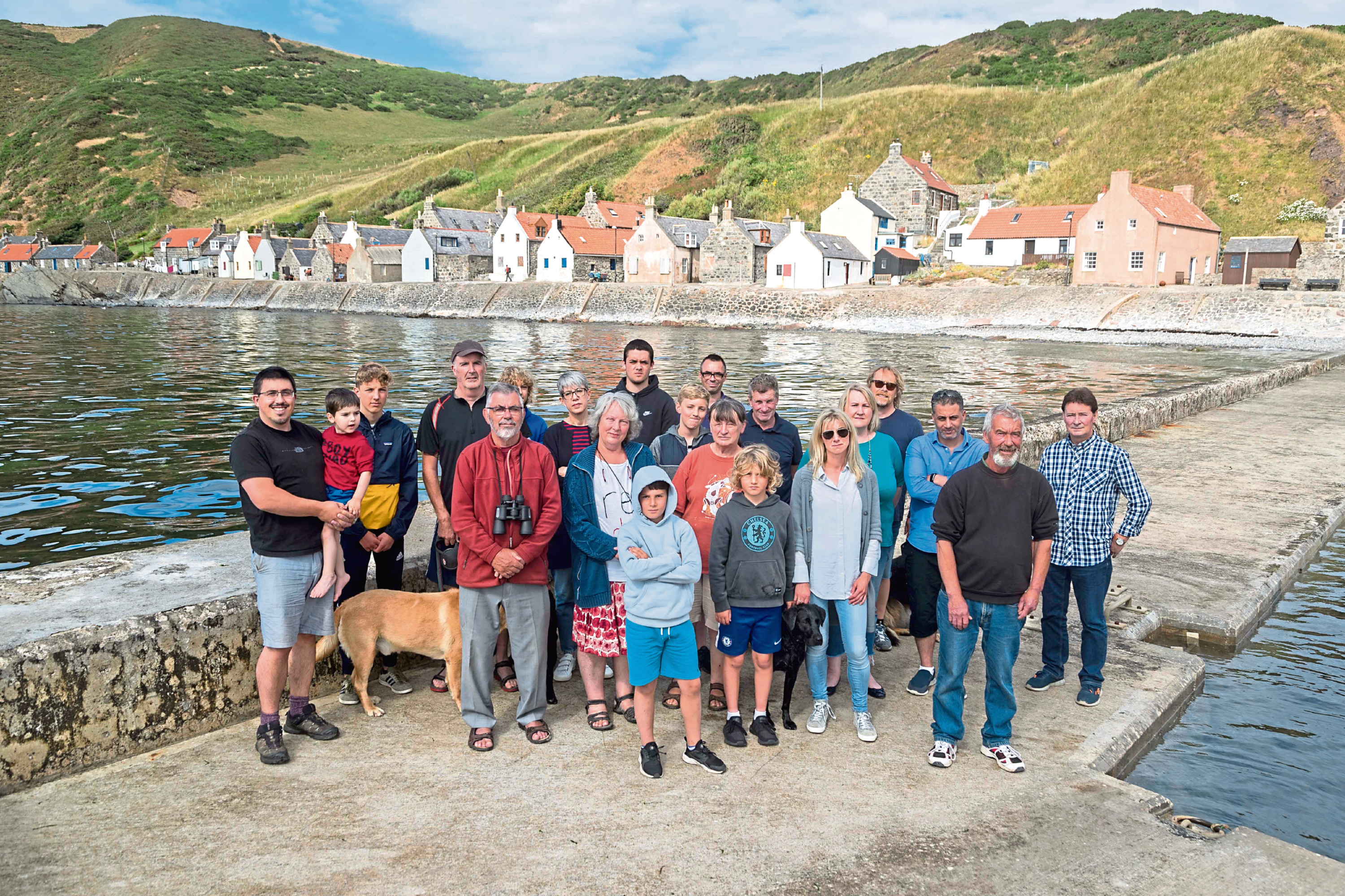 FEATURE ON NORTH EAST VILLAGE THAT HAS BEEN CUT OFF BY ROAD FOR THE LAST 10 MONTHS PIC OF CROVIE VILLAGERS WHO AHVE BEEN LEFT FRUSTRATED AFTER ABERDEENSHIRE COUNCIL CLOSED THE ROAD INTO THE VILLAGE AFTER CRACKS APPEARED PIC DEREK IRONSIDE / NEWSLINE MEDIA
