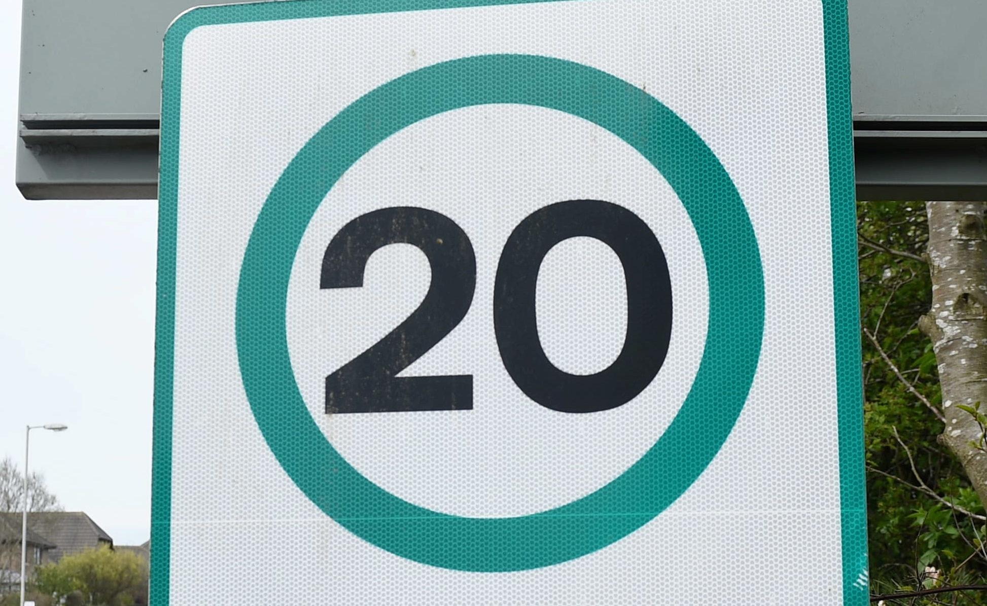 A Twenty's Plenty sign (Darrell Benns / DC Thomson)