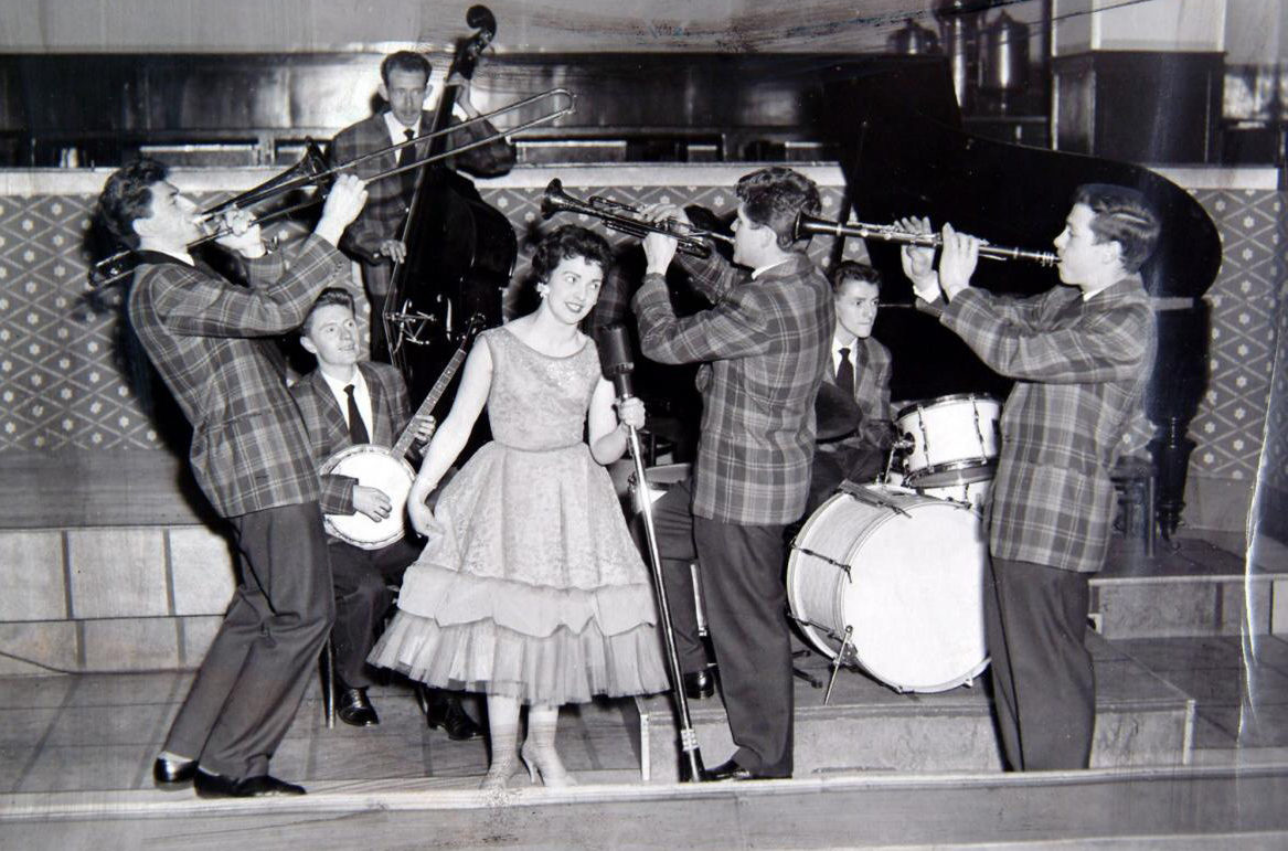 Mary McGowan and the Clyde Valley Stompers
