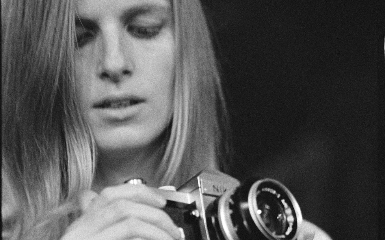 Linda McCartney taken by Eric Clapton, 1967  (© Paul McCartney)