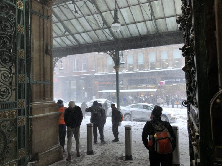 With trains cancelled, many commuters struggled to get home from Glasgow Central