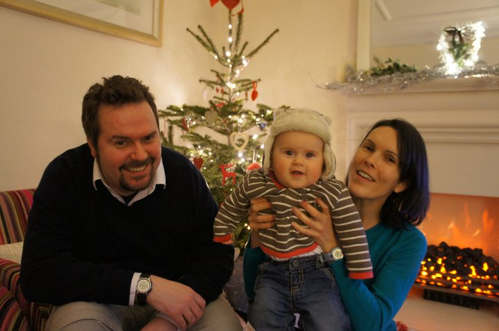 Craig and Fiona with a young Robert. Tragically, Fiona died in 2012 along with her unborn daughter Isla