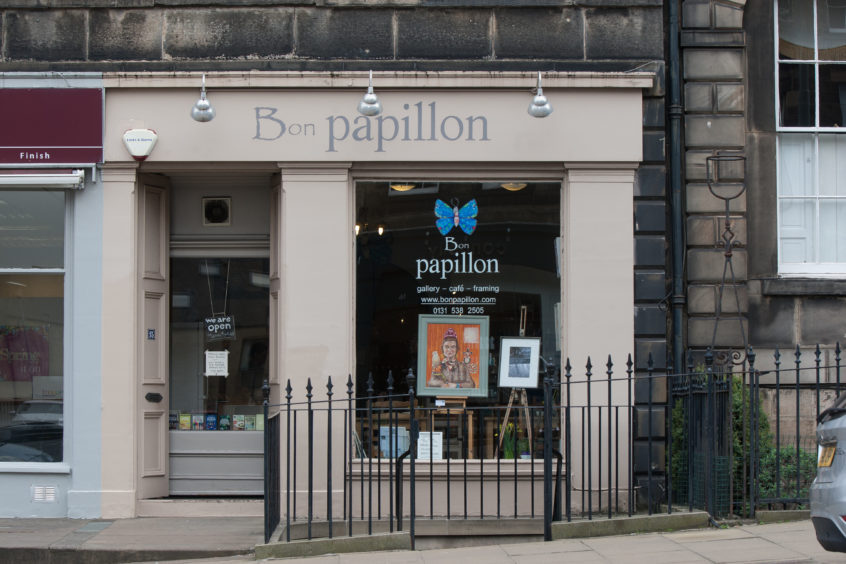 Scone Spy: Bon Papillon, Howe Street, Edinburgh 12 Apr 2019. Copyright photo by Tina Norris 07775 593 830 No unauthorised use including web use. 07775 593 830 www.tinanorris.co.uk
