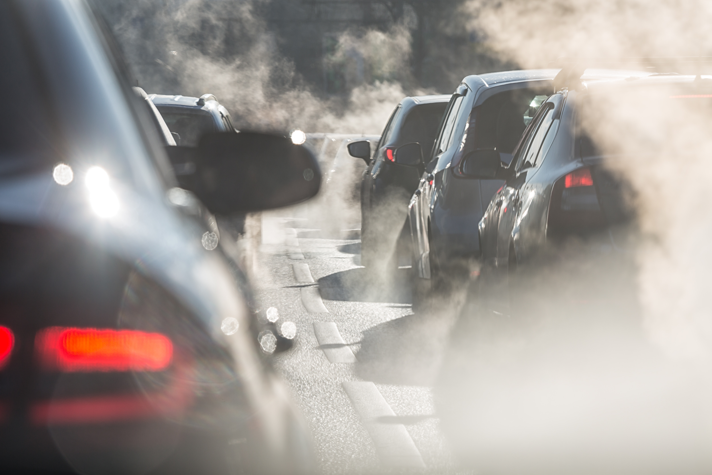 Car exhaust fumes emit damaging particles