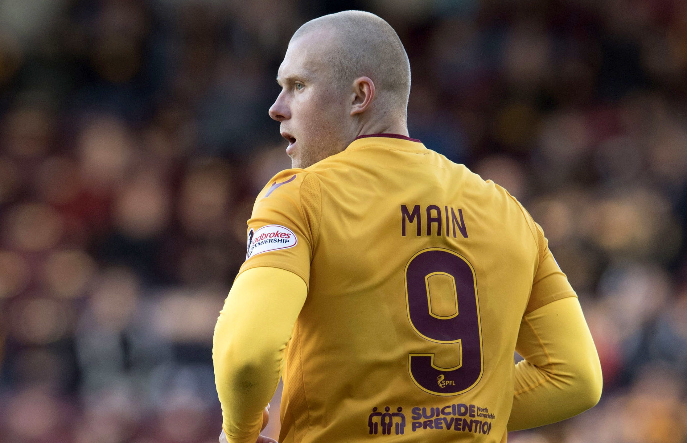 Curtis Main in action for Motherwell