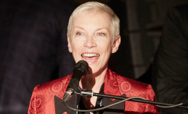 Annie Lennox on stage