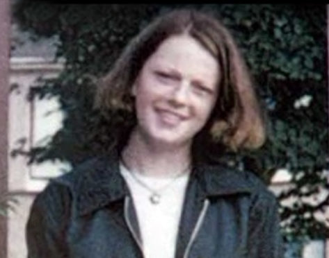 A man was jailed for a minimum of 20 years for the murder of a woman in Glasgow more than two decades ago. Zhi Min Chen, 44, choked Tracey Wylde to death at her flat in Barmulloch in November 1997.