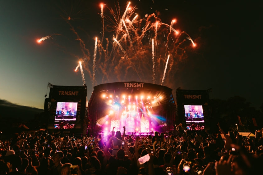 A stunning firework display to end the 2019 festival