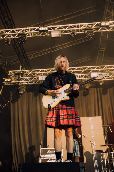 Hunna donned kilts for their set