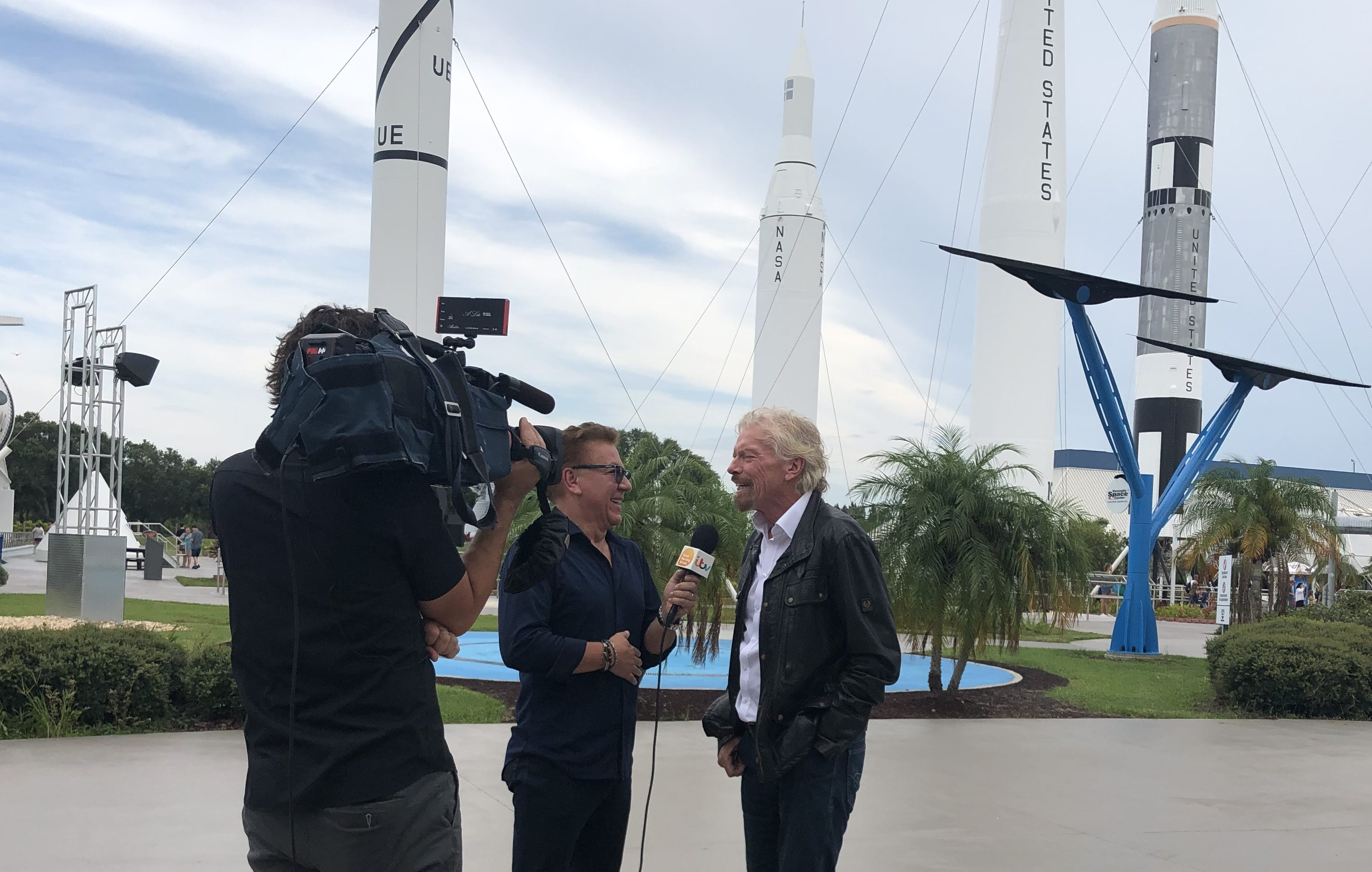 Ross speaks to Sir Richard at NASA's Kennedy Space Center