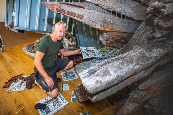 Sculptor David Mach working on Odyssey