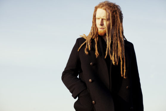 Newton Faulkner has been announced as one of the headliners at this year's Big Burns Festival in Dumfries.