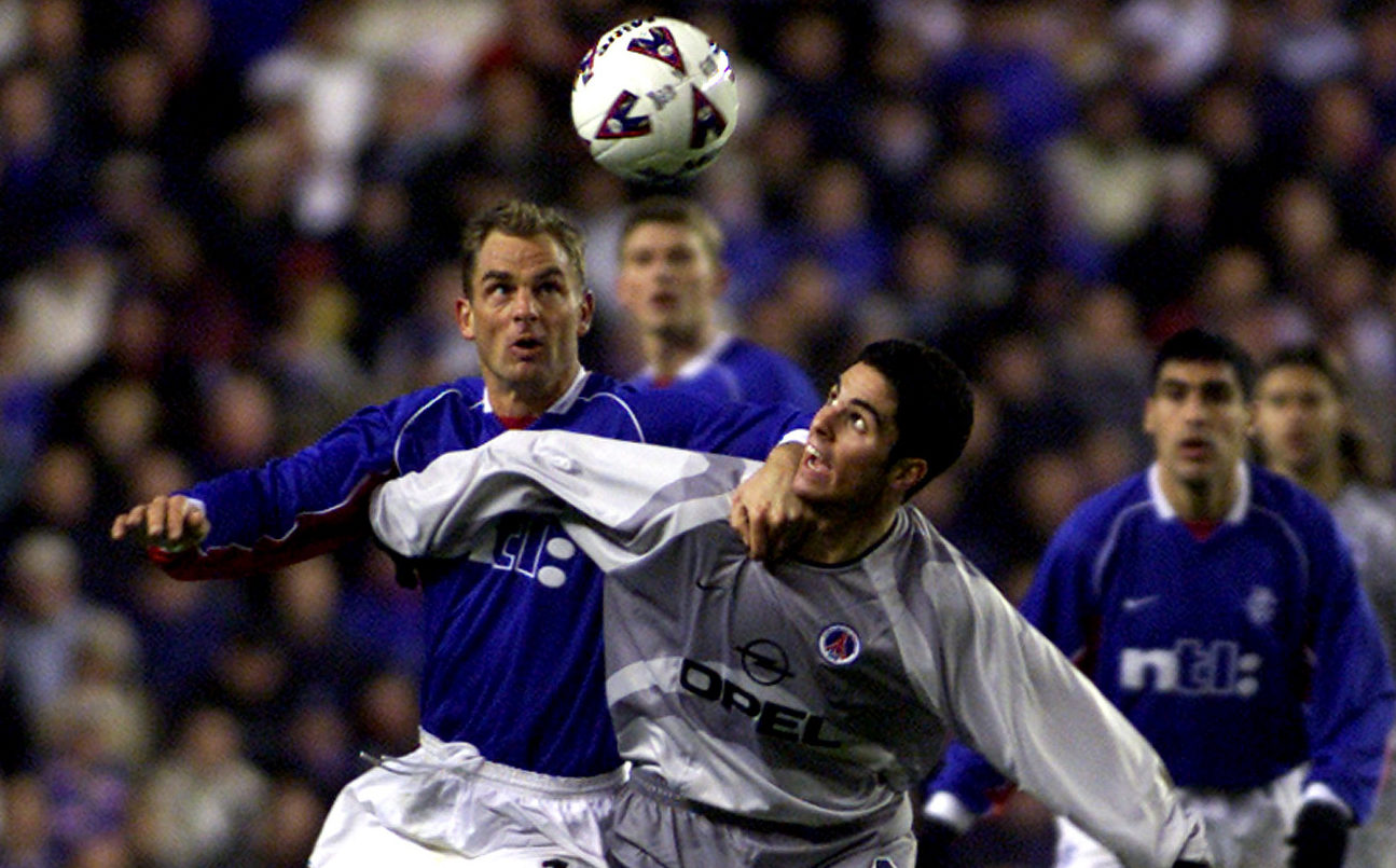 Ronald de Boer (right) remembers the night he first crossed paths with Mikel Arteta in a UEFA Cup tie