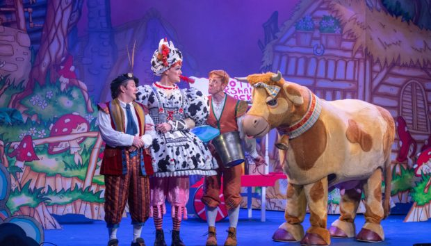 David McGowan, Chris Forbes and Gavin Jon Wright in Jack And The Beanstalk at Ayr's Gaiety Theatre