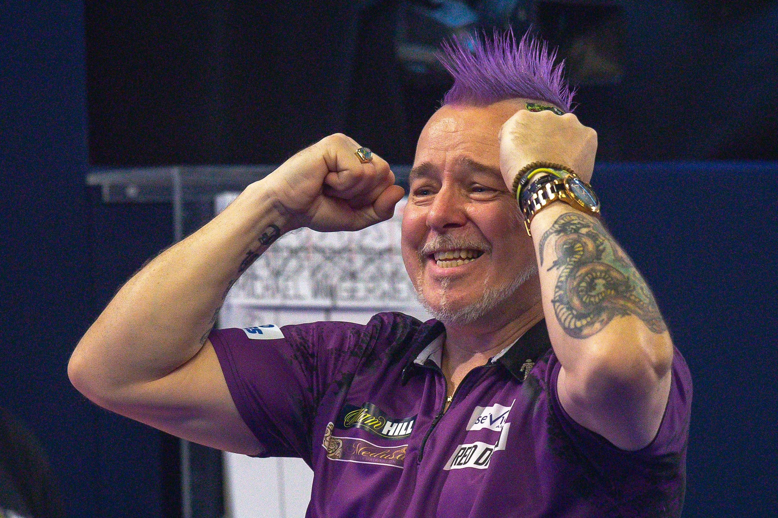 Peter Wright celebrates his win