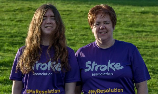 Lesley Dewar (right) and daughter Heather