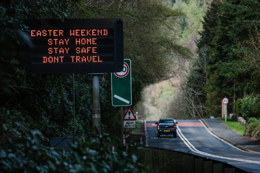 Warnings on the A82