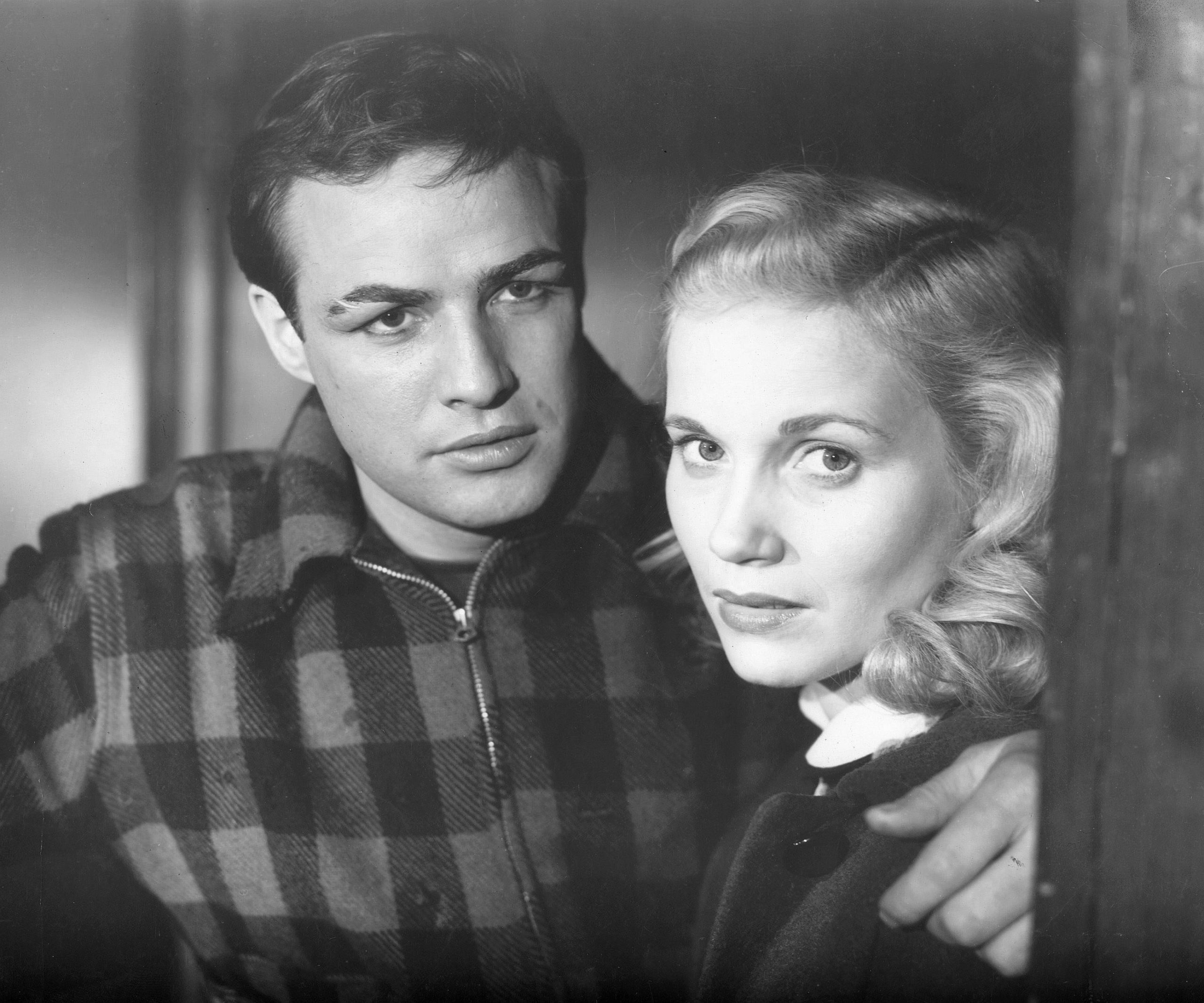 Marlon Brando and Eva Marie Saint in a scene from On The Waterfront