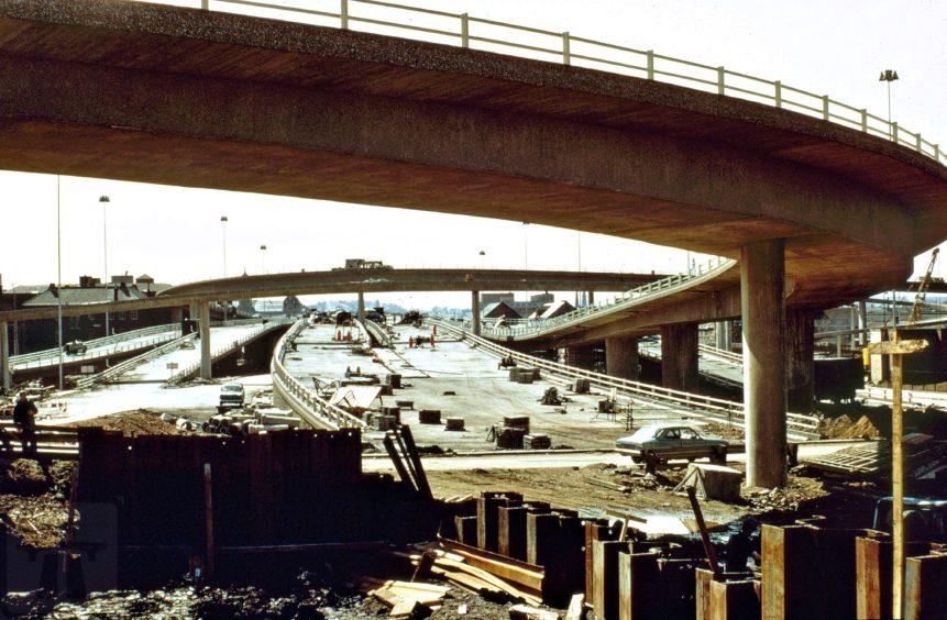 Construction work on the bridge