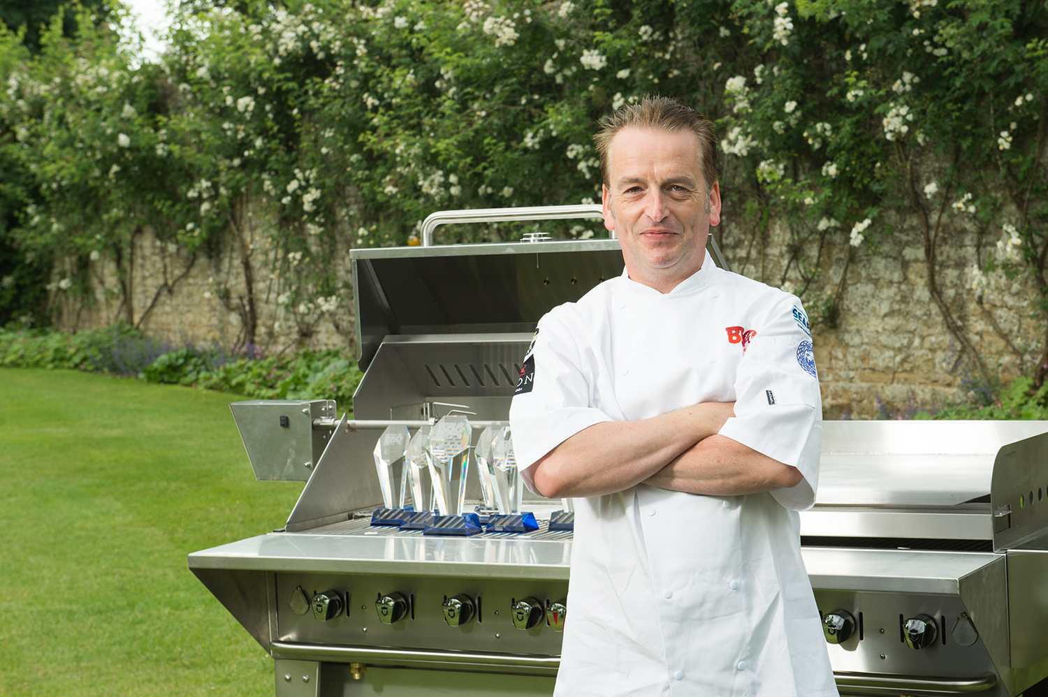 World Barbecue Champion Ben Bartlett recommends using a gas barbecue, and says using wood really adds to the flavour of your dishes