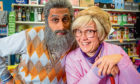 Navid played by Sanjeev Kohli and Isa played by Jane McGarry in Still Game.