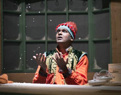 Ramesh Meyyappan, as Ali the Magic Elf.