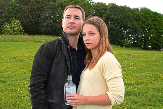 Martin Compston and Molly Thomson in Traces.