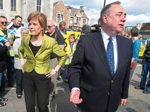 Nicola Sturgeon with Alex Salmond on the campaign trail