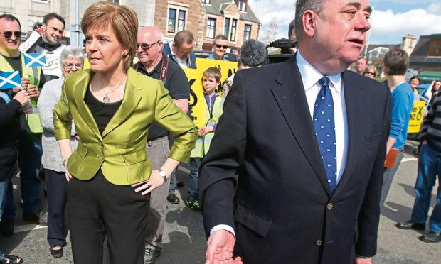 Nicola Sturgeon with Alex Salmond on the campaign trail