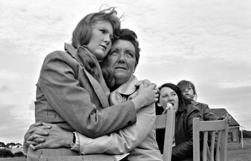 Mother and daughter in Heather And Mam, 1979