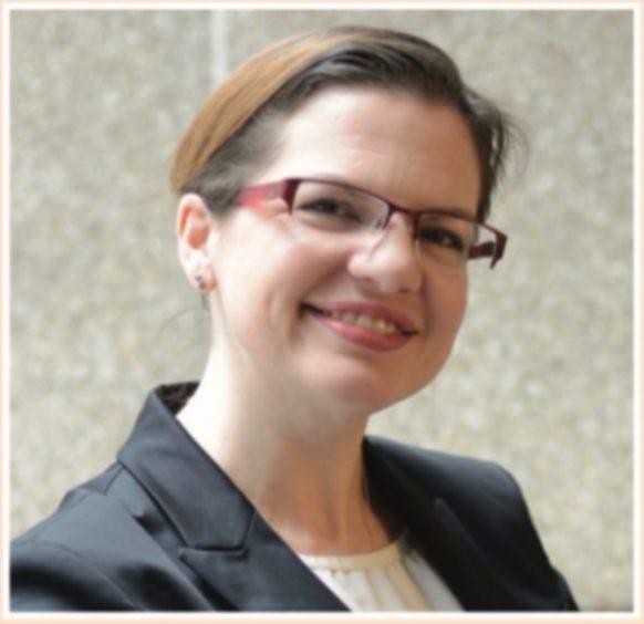 Dr Lydia Makaroff