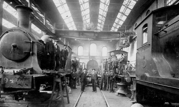 Workers in 1921 at the renowned Caley rail depot, which operated in Springburn for over 150 years