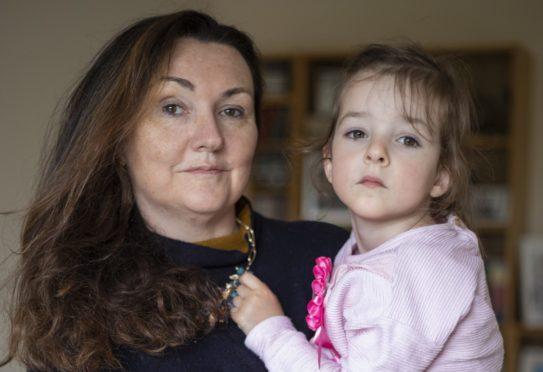 Jennifer Faulds with daughter Ella