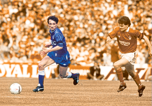 Pat Nevin beats Steve Hodge for pace in the 1989 Simod Cup Final at Wembley but his team Everton still went down 4-3 to Nottingham Forest