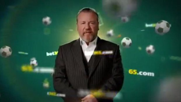 Actor Ray Winstone in a Bet365 advert