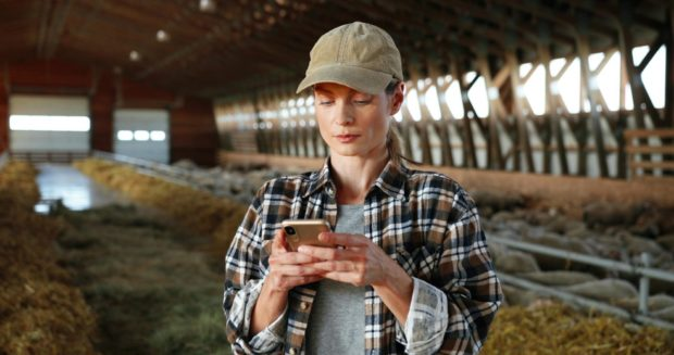Farmers are increasingly using smartphone apps like Twitter to share information with scientists